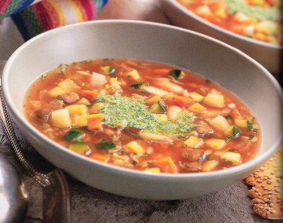 Овощной суп — минестроне