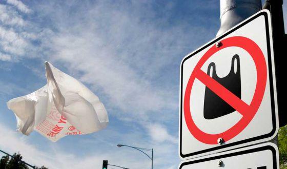 Франция полностью откажется от одноразовых пластиковых пакетов