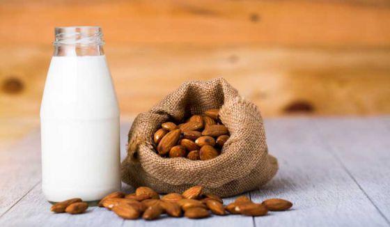 Молочные компании терпят убытки из-за растительных альтернатив