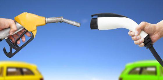 Франция запретит продажу бензиновых и дизельных автомобилей к 2040 году