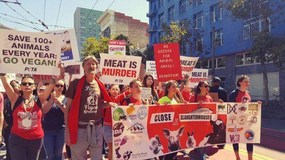 В Сан-Франциско прошёл марш за закрытие скотобоен