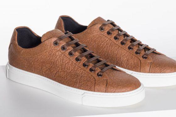 HUGO BOSS выпустил новую коллекцию веганской мужской обуви из ананасов