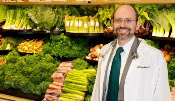 Майкл Грегер: Почему доктора не прописывают веганскую диету?