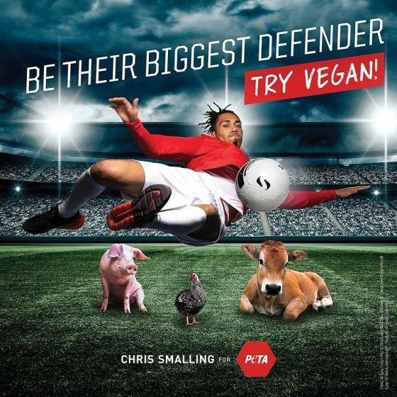 Игрок «Манчестер Юнайтед» Крис Смоллинг   призывает  к веганству