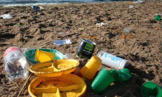В Канаде  запретят  использование одноразового пластика