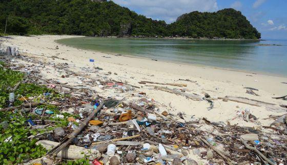 Таиланд запретит одноразовый пластик
